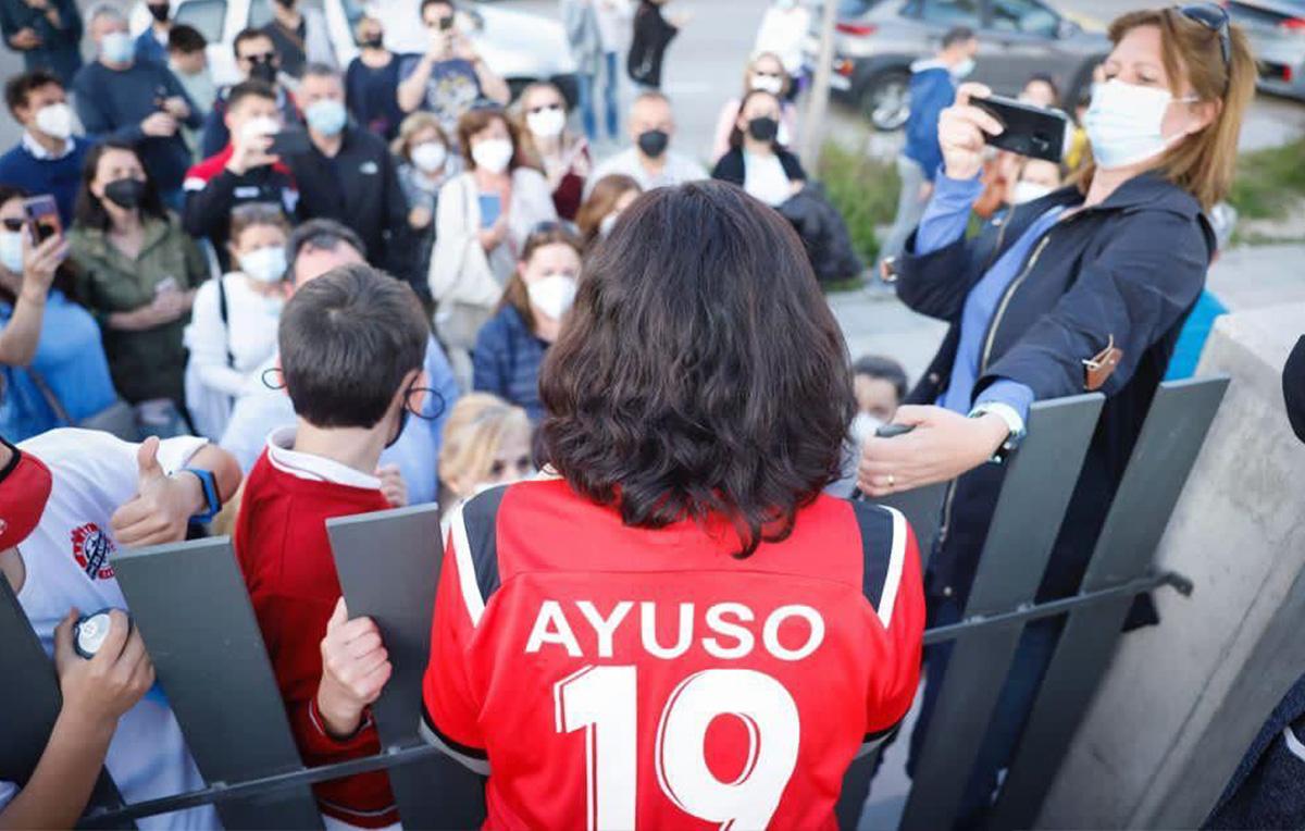 Gracias Madrid - camiseta ayuso